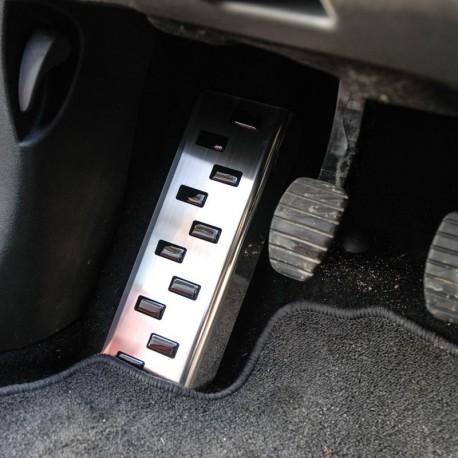 Podstopnica (stal) Peugeot 208