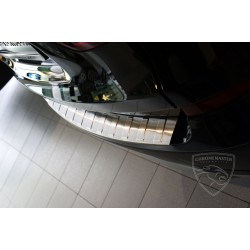 Listwa na zderzak Matt Mercedes GLA X156