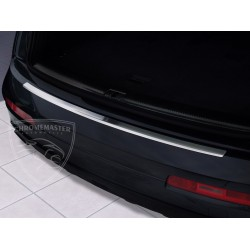 Nakładka z zagięciem na zderzak (stal szczotkowana) Audi Q7