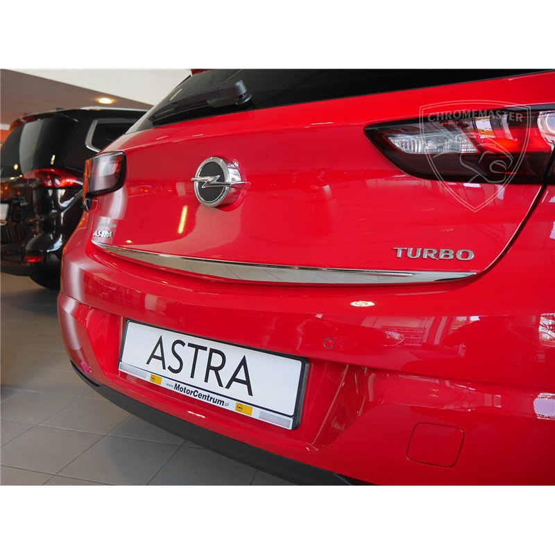 Listwa na krawędź klapy Opel Astra V 5 K Hatchback