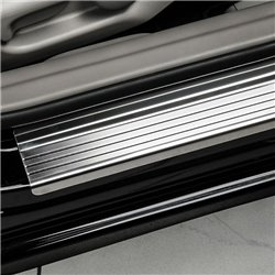 Nakładki progowe (stal + poliuretan) Peugeot 3008