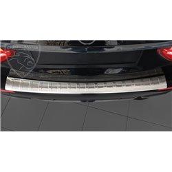 Nakładka z zagięciem na zderzak Mercedes W213 Kombi